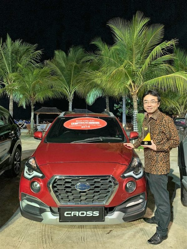 datsun-cross-mobilmotoraward2018